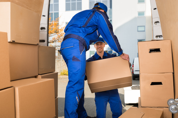 The Benefits of Using Moving Companies